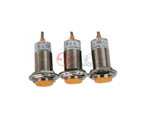 CJK系列电rong式料位器